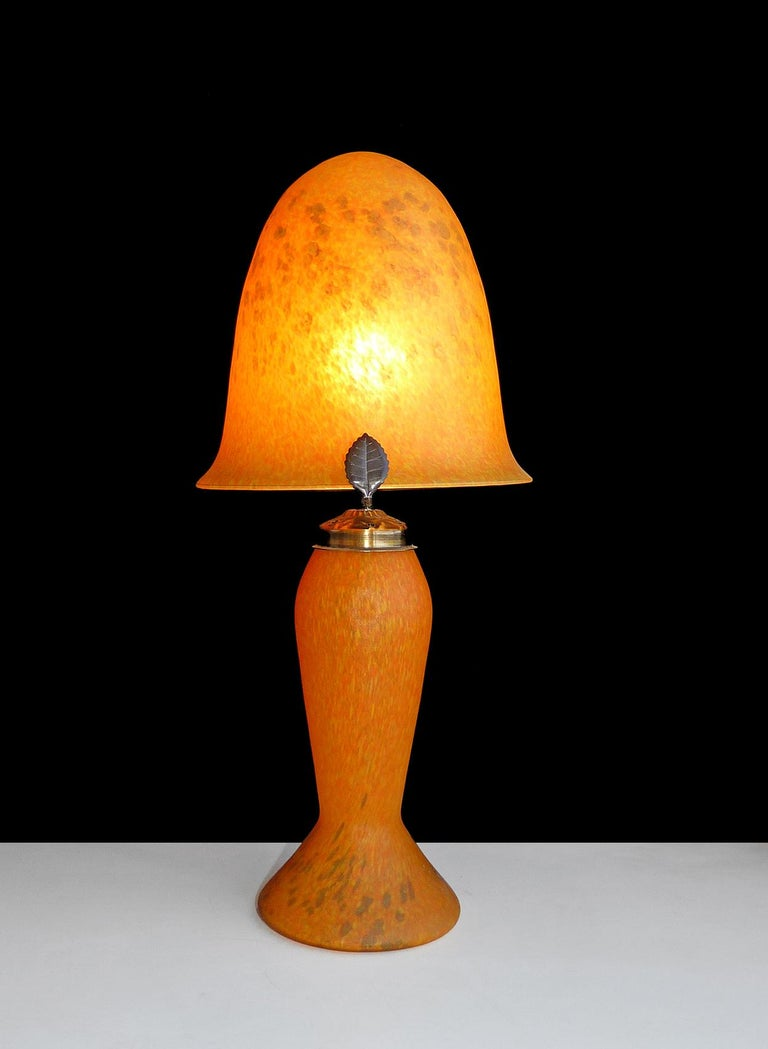 Italian Art Nouveau and Art Deco Mushroom Murano Table Lamp in Amber Glass Paste For Sale 3