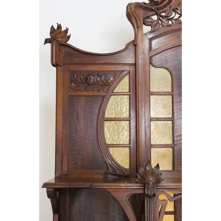 Italian Art Nouveau Carved Walnut Credenza Buffet, Vittorio Valabrega In Good Condition For Sale In Los Angeles, CA
