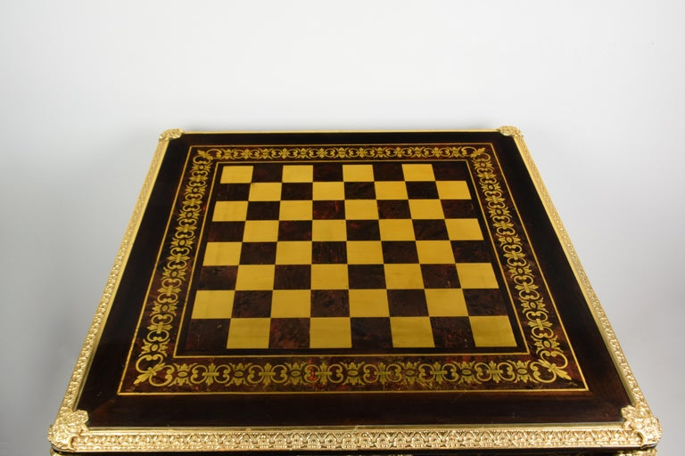 Italian Artisan Reproduction of the 1960s Game Table with 4 Chairs Wood Brass In Good Condition For Sale In Prato, IT
