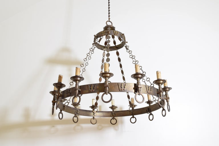 Late 19th Century Italian Arts & Crafts Period Brass 14-Light Chandelier, circa 1900, UL Wired For Sale