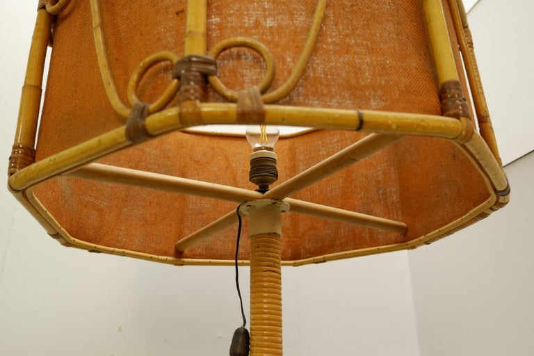 Italian Bamboo Floor Lamp, 1960s In Good Condition For Sale In Brussels, BE