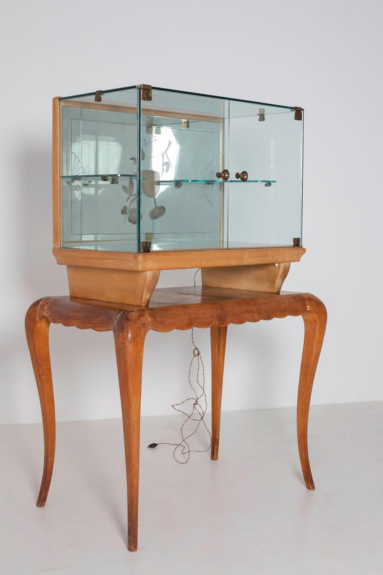 Italian Bar cabinet attributed to Pietro Chiesa for Fontana Arte, 1950s For Sale 1