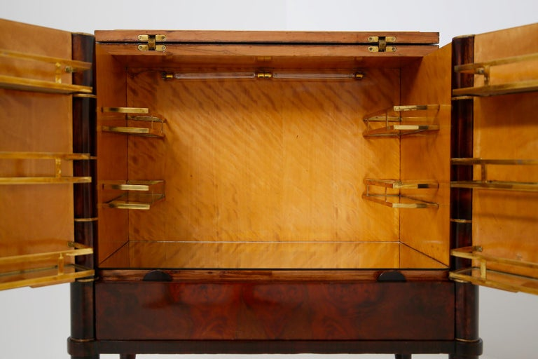 Mid-20th Century Italian Bar Cabinet by Tomaso Buzzi in Wood and Brass, Verified Archive