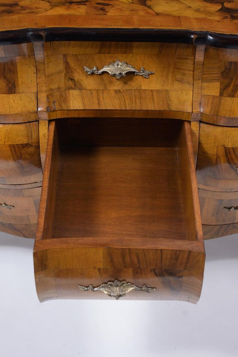 Italian Baroque Burl Dresser For Sale 4