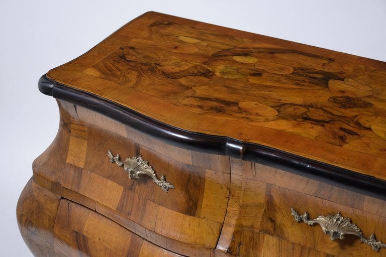 Italian Baroque Burl Dresser For Sale 2