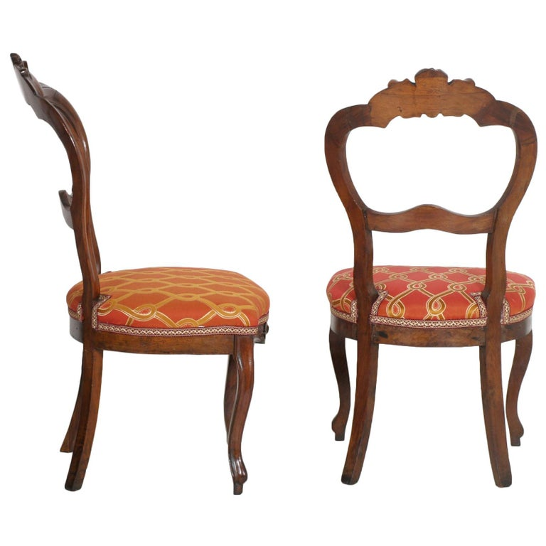 Italian Baroque Louis Philippe Side Chairs or Slipper Chairs in Walnut, Restored In Good Condition For Sale In Vigonza, Padua