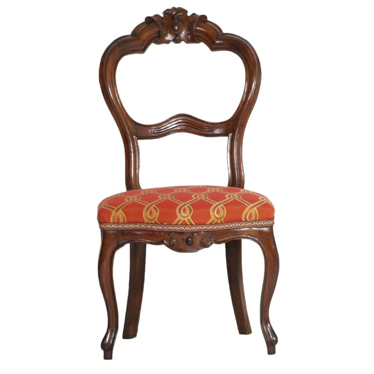 Italian Baroque Louis Philippe Side Chairs or Slipper Chairs in Walnut, Restored For Sale 3