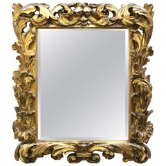 Italian Baroque Sculpted Giltwood Mirror with Acanthus Leaves Decor