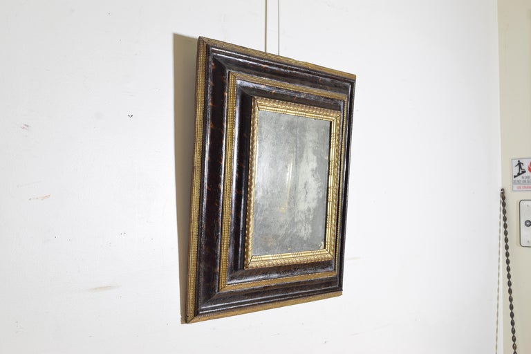 Italian Baroque Shaped & Faux Marble Painted & Carved Giltwood Mirror, 17th cen In Good Condition For Sale In Atlanta, GA