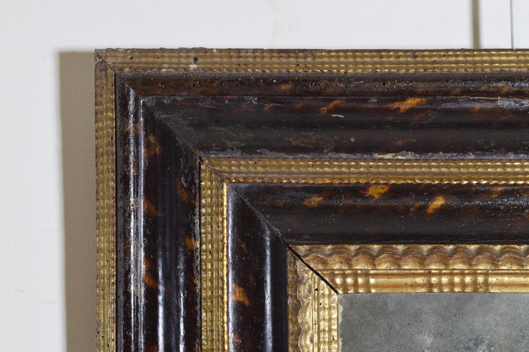 Italian Baroque Shaped & Faux Marble Painted & Carved Giltwood Mirror, 17th cen For Sale 1