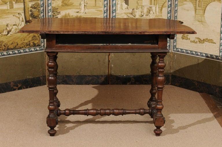Italian Baroque Walnut Serpentine Console Table, Late 17th Century For Sale 5