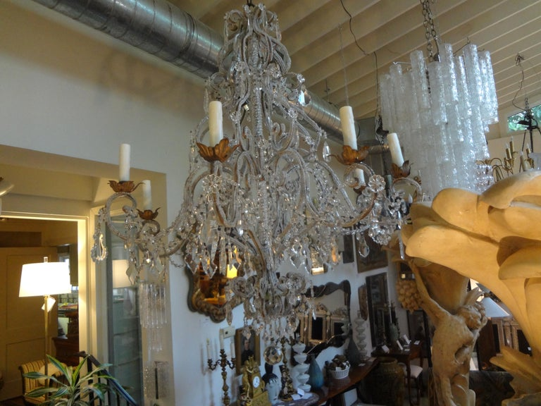 Italian Beaded and Crystal Eight-Light Chandelier For Sale 1