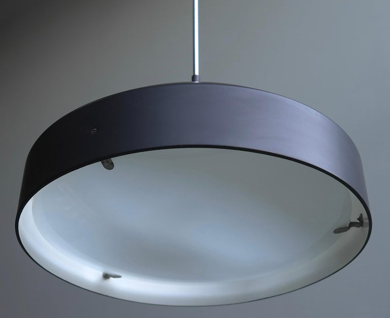 Italian Black and White Chandelier, Metal with Curved Opaline Glass, Italy, 1955 In Good Condition For Sale In Den Haag, NL