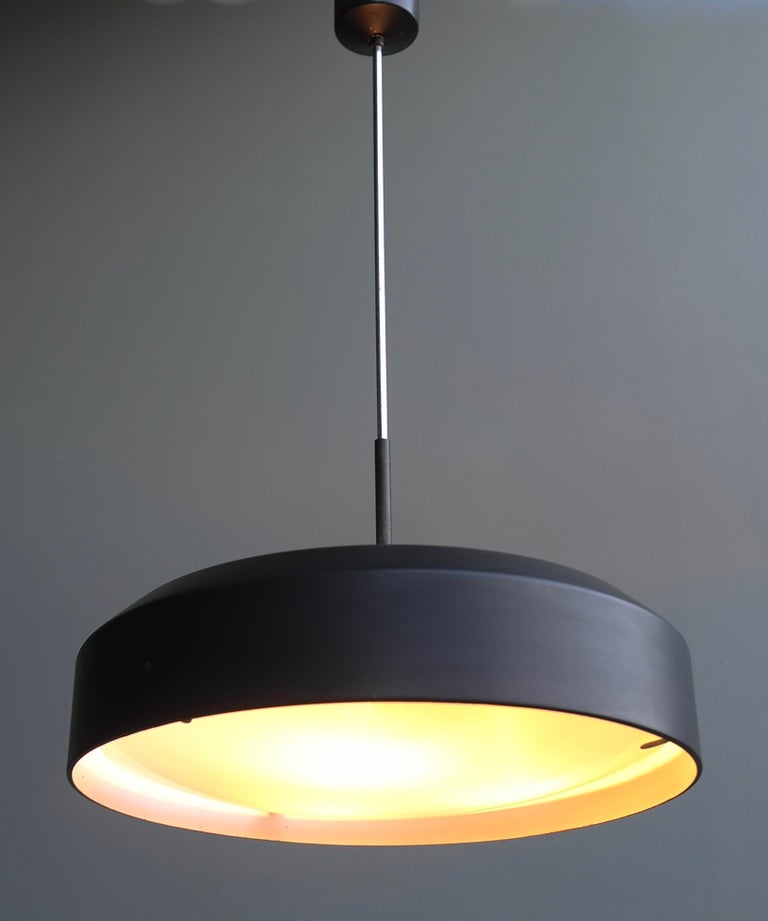 Italian Black and White Chandelier, Metal with Curved Opaline Glass, Italy, 1955 For Sale 1