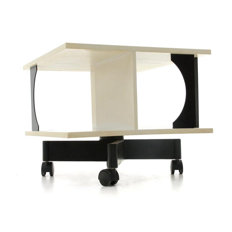 Late 20th Century Italian Black and White Coffee Table by Anna Castelli Ferrieri for Kartell, 1980