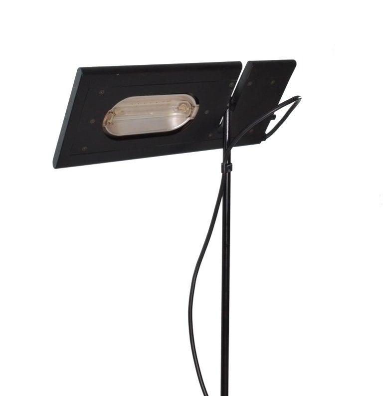 Enameled Italian Black Duna Terra Telescopic Tall Halogen Floor Lamp, 1980s For Sale