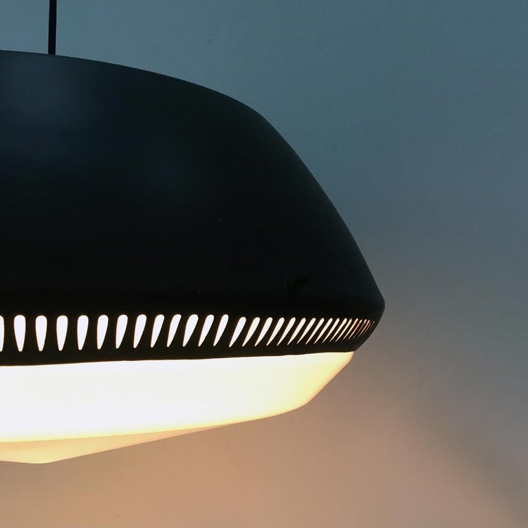 Italian Black Enameled Metal Chandelier by Gio Ponti for Greco, 1950s For Sale 9