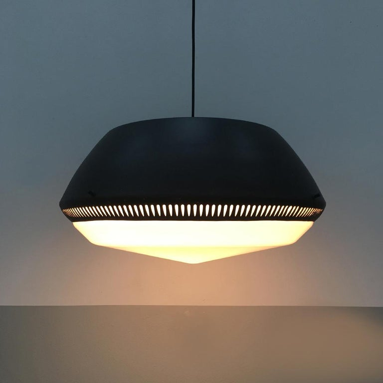 Mid-20th Century Italian Black Enameled Metal Chandelier by Gio Ponti for Greco, 1950s For Sale