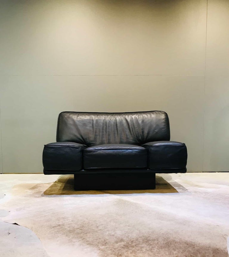 Outstanding Italian Black Leather Lounge Chair By Arketipo Pabps2019 Chair Design Images Pabps2019Com
