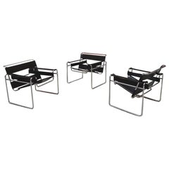 Italian Black Leather Wassily Armchair by Marcel Breuer for Gavina, 1968