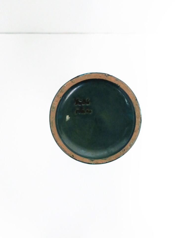 Italian Blue Pottery Vase with Figurative Design, circa 20th Century For Sale 6