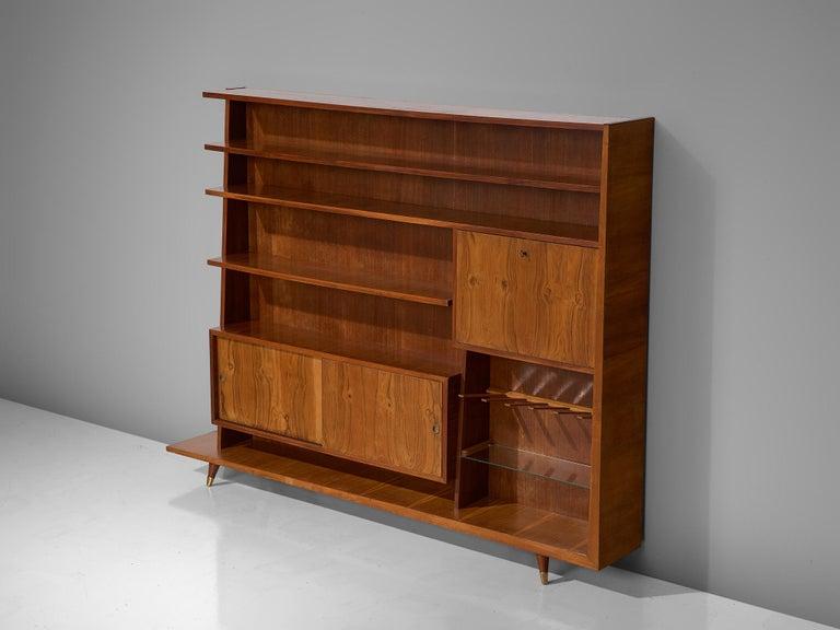 Mid-Century Modern Italian Bookcase in Walnut and Oak For Sale