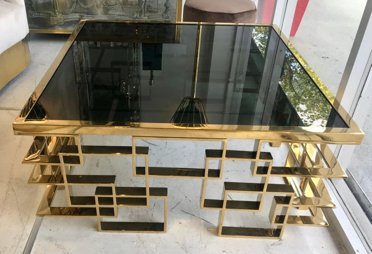 Italian Brass and Black Glass Cocktail Table In Good Condition For Sale In Miami, FL