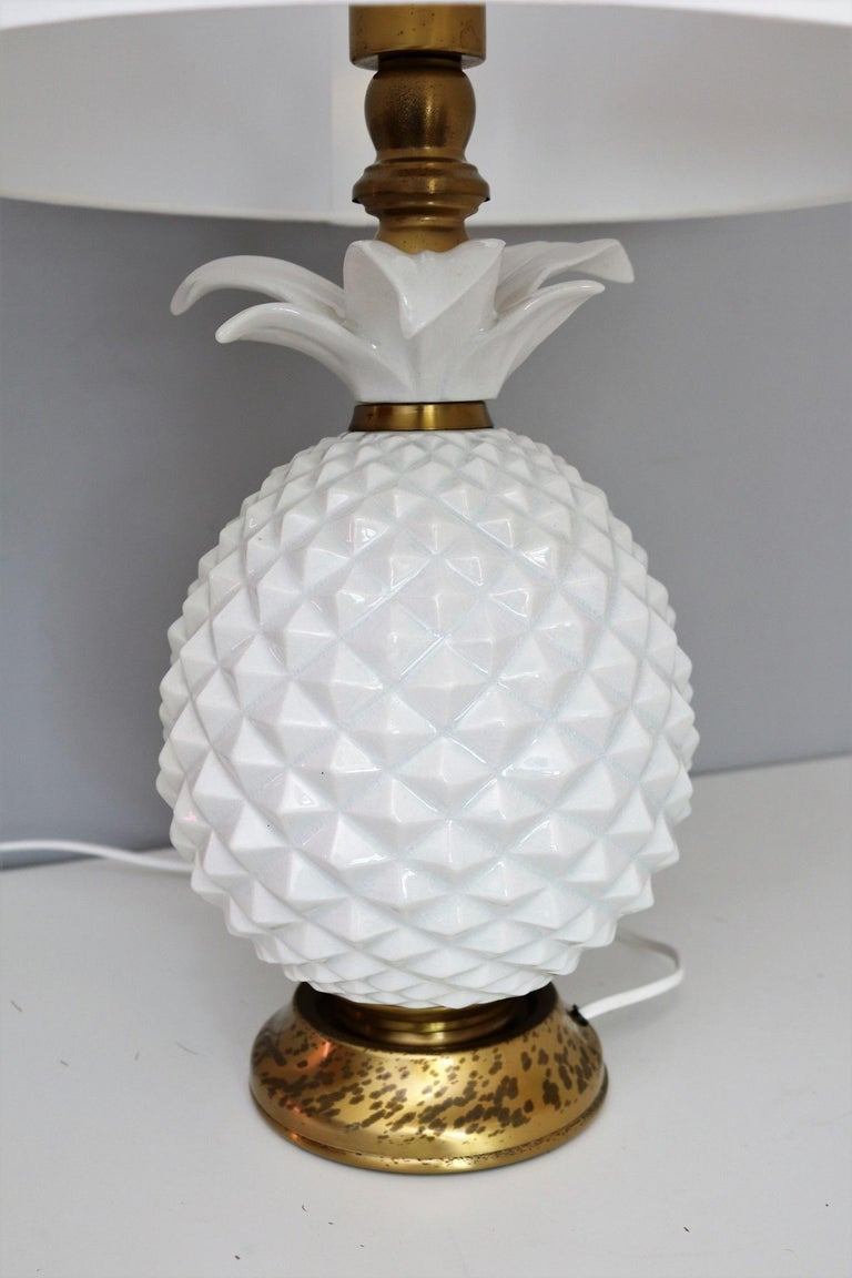 Italian Brass and Ceramic Pineapple Table Lamp, 1970s For Sale 6