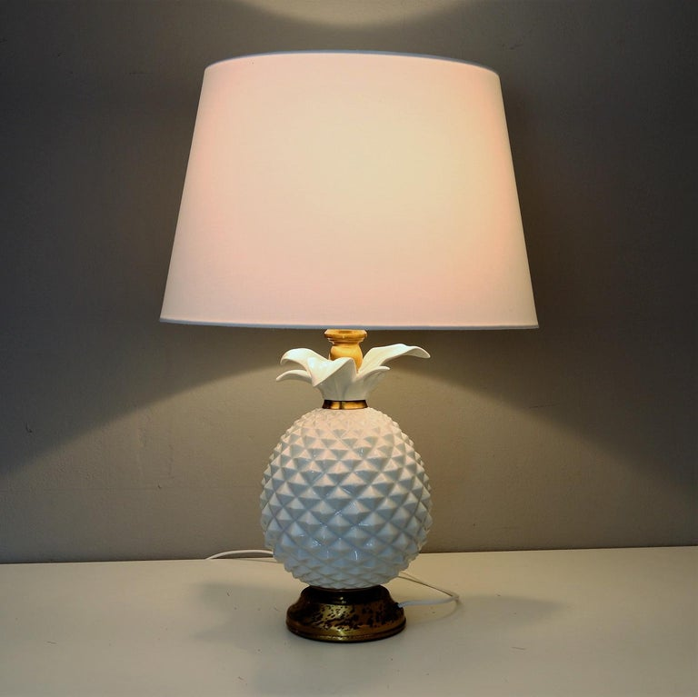 Mid-Century Modern Italian Brass and Ceramic Pineapple Table Lamp, 1970s For Sale