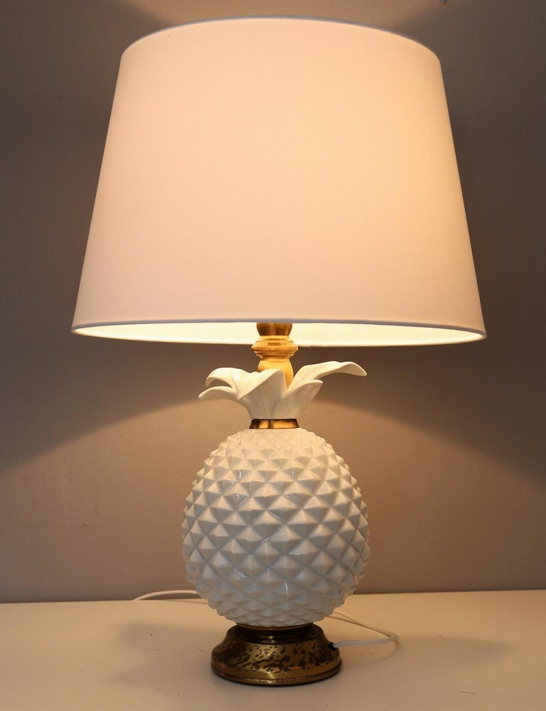 Italian Brass and Ceramic Pineapple Table Lamp, 1970s For Sale 2