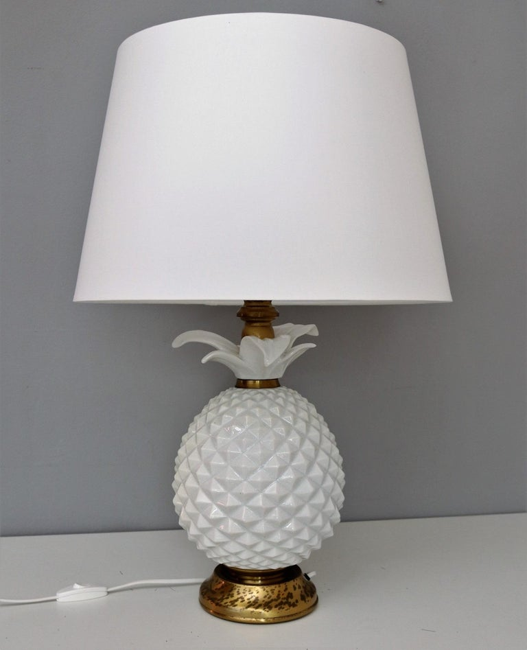 Italian Brass and Ceramic Pineapple Table Lamp, 1970s For Sale 4