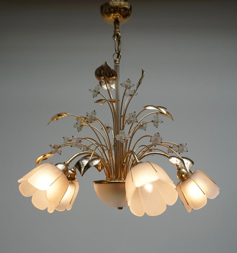 Italian Brass and Glass Chandelier In Good Condition For Sale In Antwerp, BE