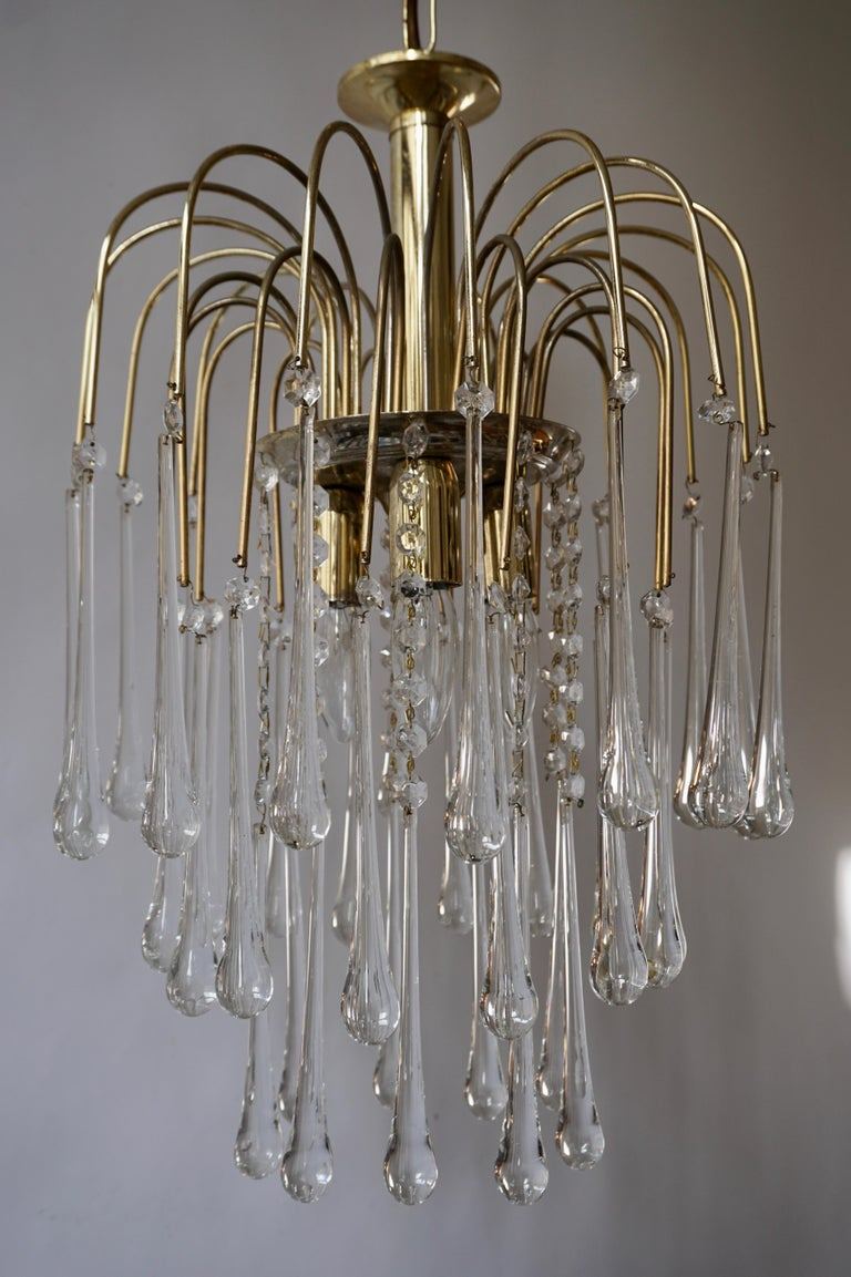 Italian Brass and Murano Glass Teardrop Chandelier For Sale 1