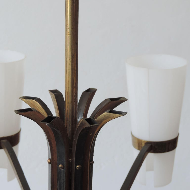 Italian Brass and Plexiglass 1950s Ceiling Lamp For Sale 1