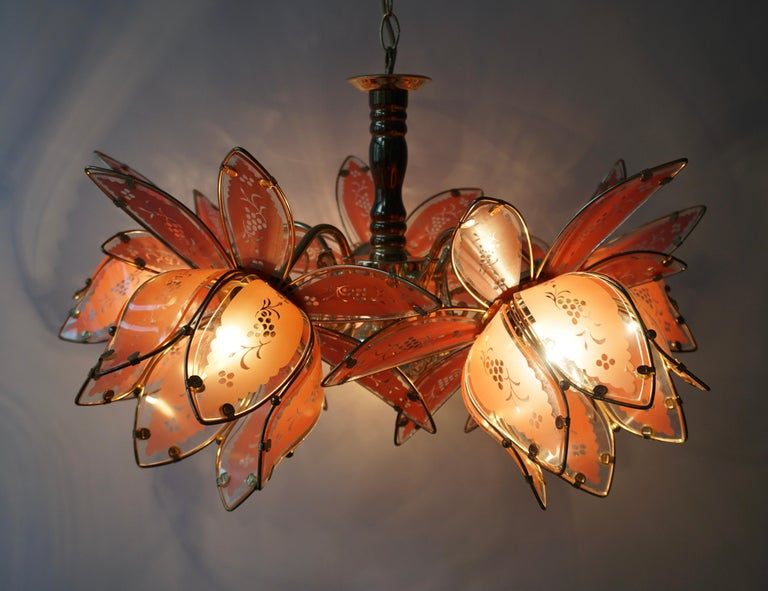 Italian Brass Chandelier with Murano Glass Flowers In Good Condition For Sale In Antwerp, BE