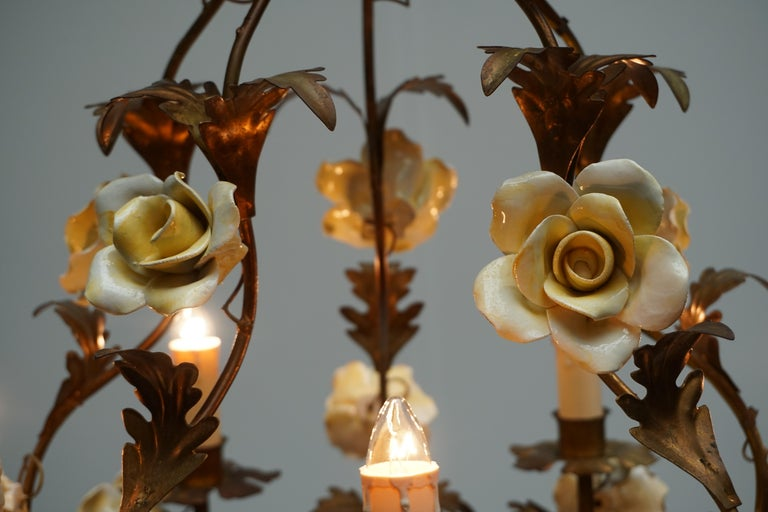 Italian Brass Chandelier with Yellow Porcelain Flowers For Sale 8