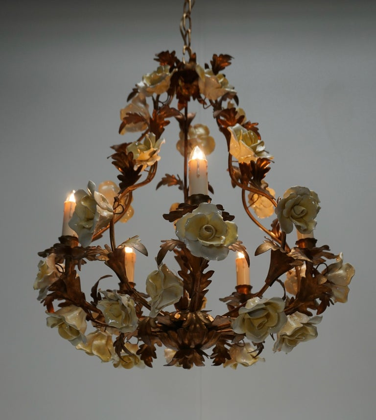 Italian Brass Chandelier with Yellow Porcelain Flowers For Sale 1