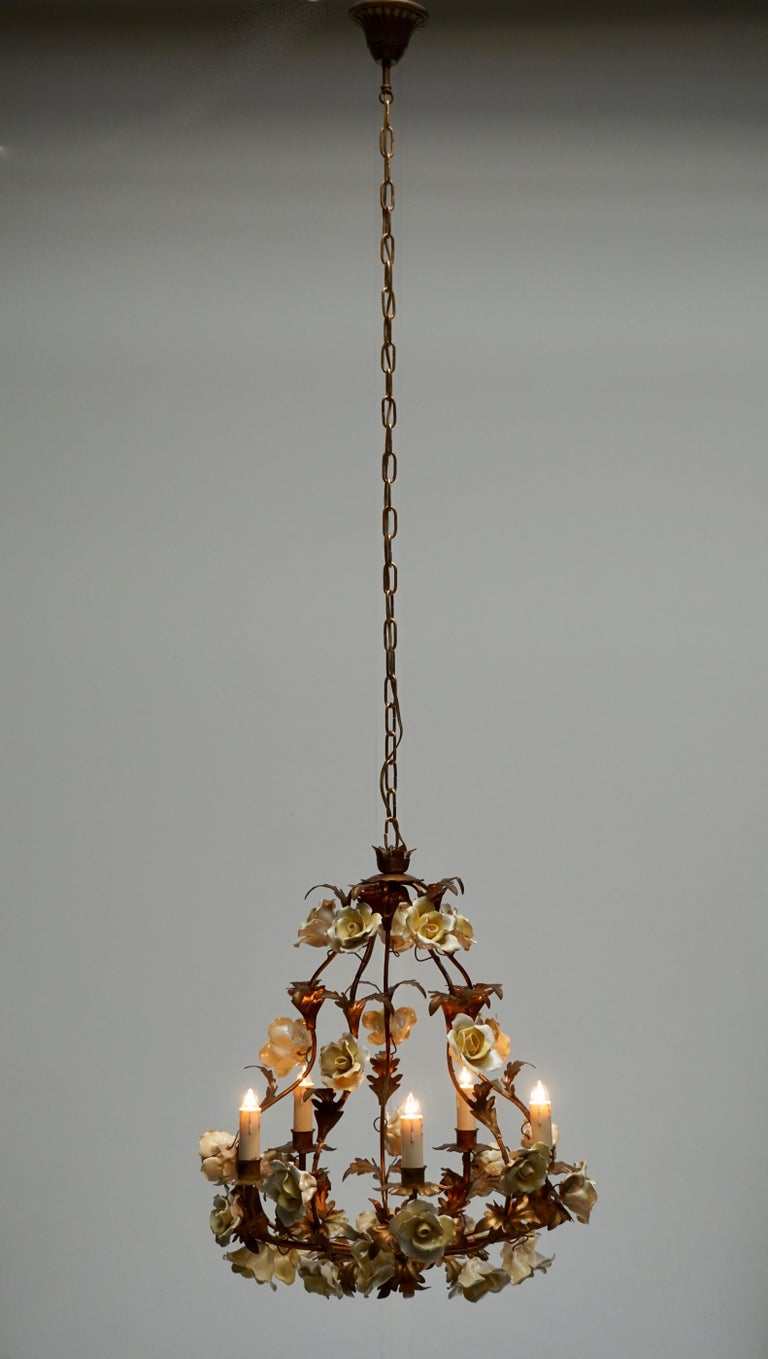 Italian Brass Chandelier with Yellow Porcelain Flowers For Sale 2