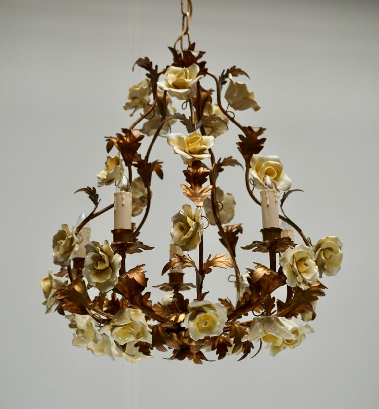 Italian Brass Chandelier with Yellow Porcelain Flowers For Sale 3