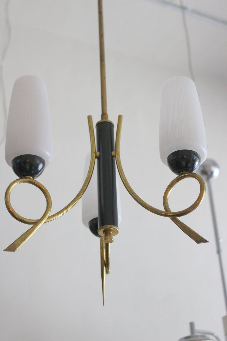 Mid-20th Century Italian Brass Chandeliers in Style of Stilnovo For Sale