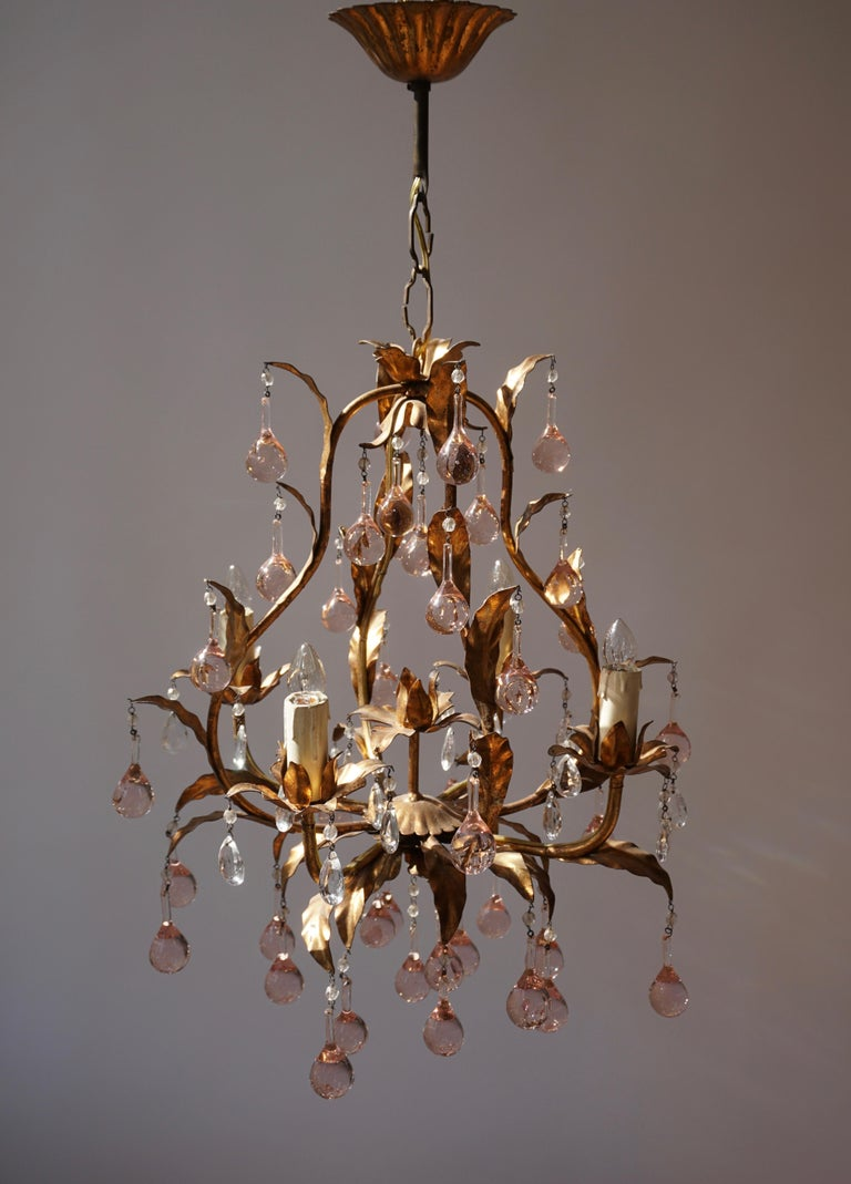 Italian Brass Gilt and Murano Glass Teardrop Chandelier In Good Condition For Sale In Antwerp, BE