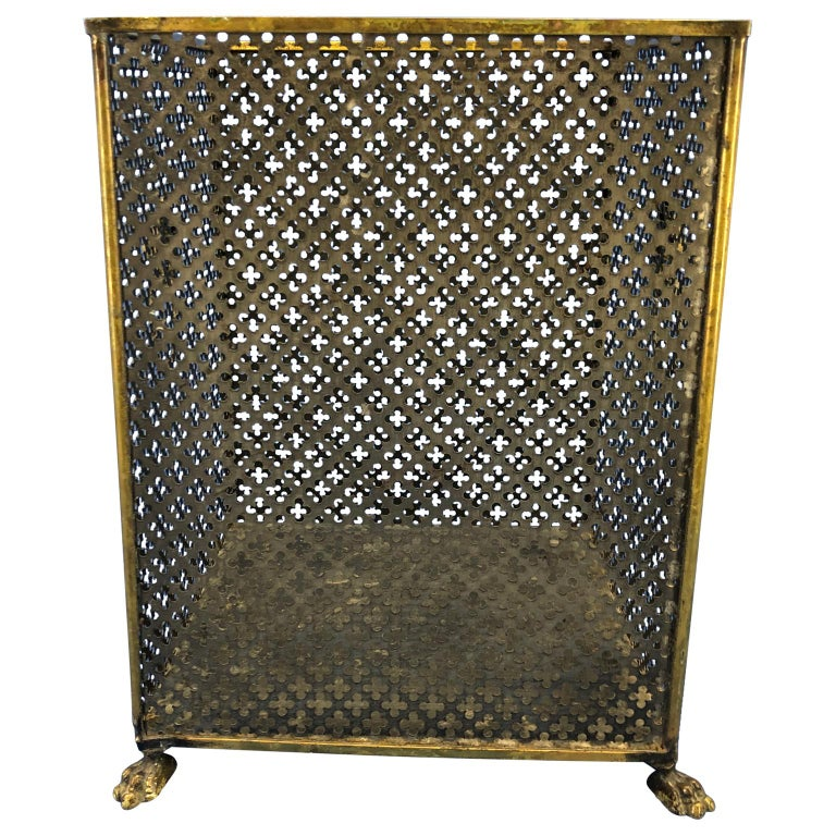 20th Century Italian Brass Lionhead Decorated Square Paper Waste Basket For Sale