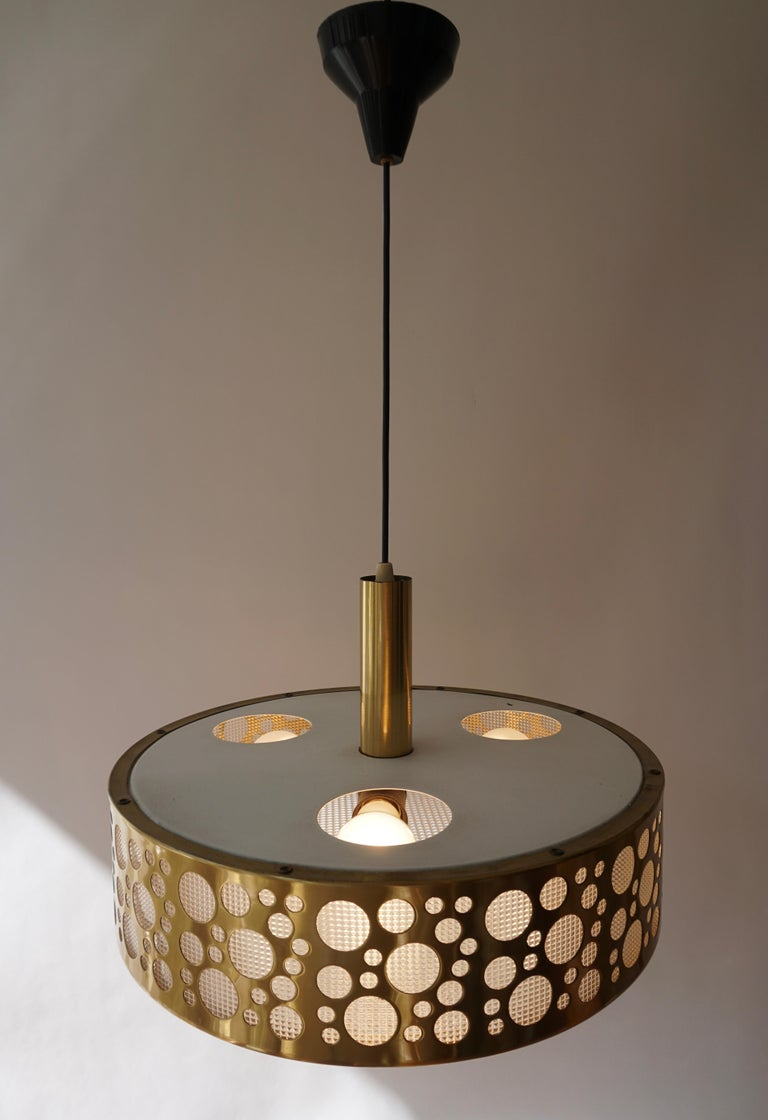Italian Brass Pendant Light For Sale 9