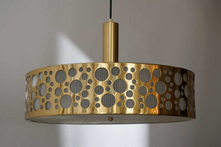 Italian Brass Pendant Light In Good Condition For Sale In Antwerp, BE