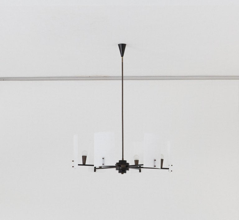 Italian Brass Perspex and black iron Chandelier, 1950s In Good Condition In Rome, IT
