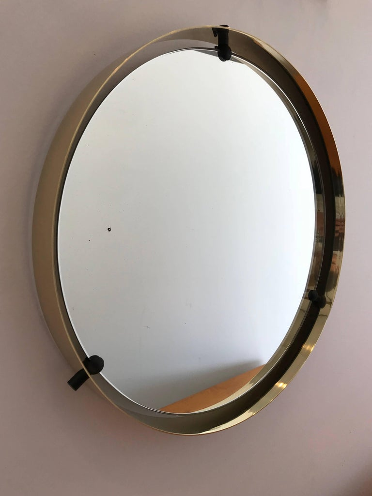 Italian Brass Round Floating Mirror In Good Condition For Sale In Los Angeles, CA