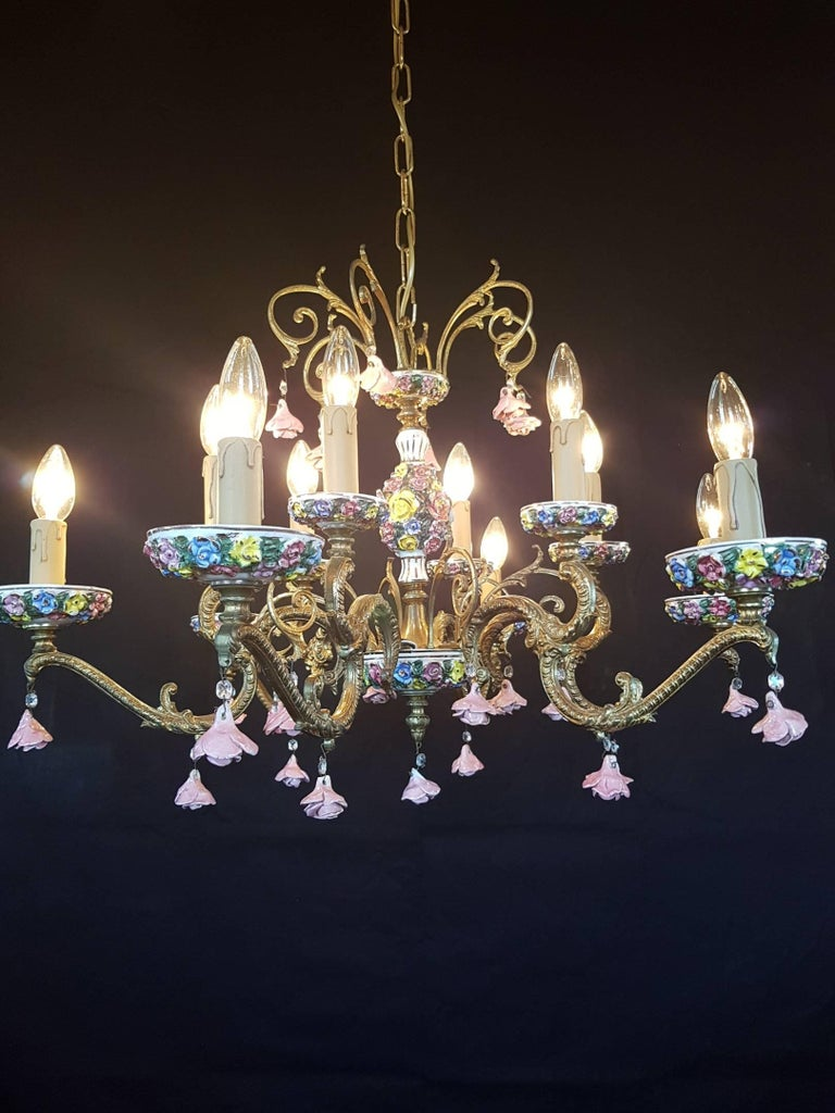 Italian bronze and porcelain chandelier with flowers 12 lights italian bronze and porcelain chandelier with flowers 12 lights 20th century in good condition arubaitofo Gallery