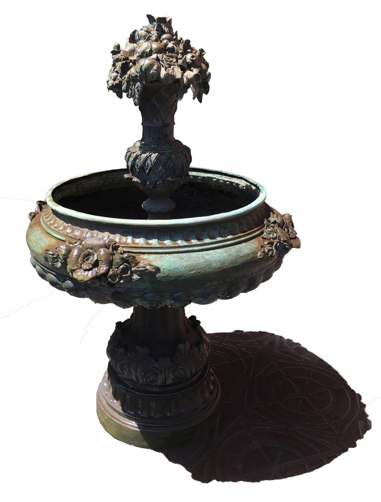 Italian Bronze Fountain In Good Condition For Sale In Budapest, HU