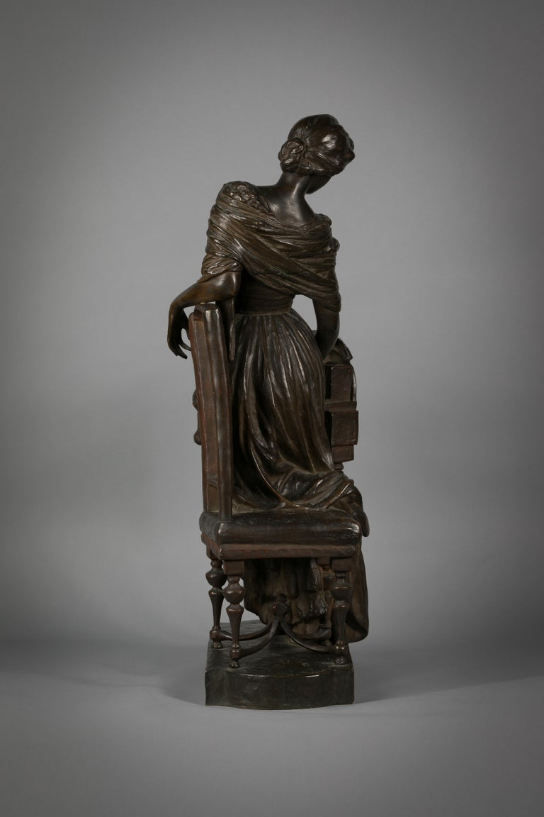 Italian Bronze Sculpture of Woman Playing a Pianoforte, Signed Saverid Sortini In Excellent Condition For Sale In New York, NY