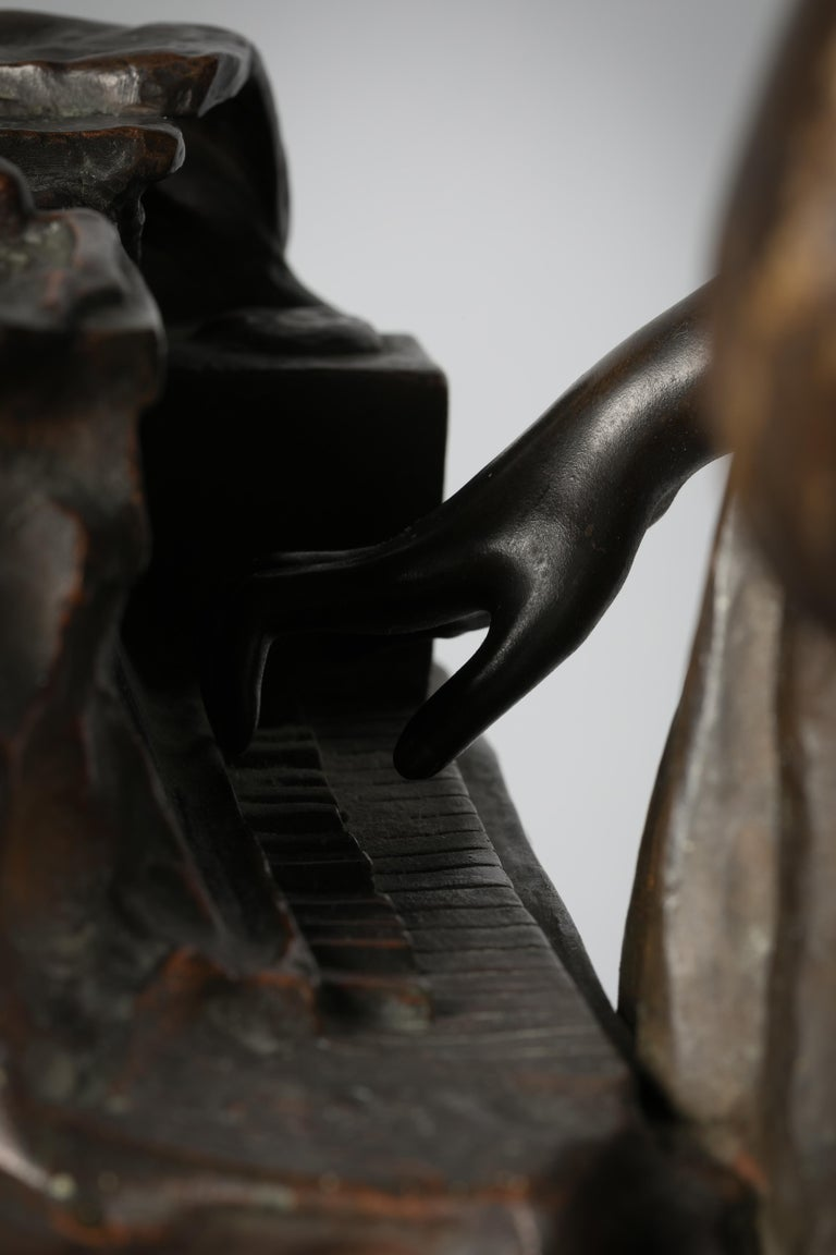 Italian Bronze Sculpture of Woman Playing a Pianoforte, Signed Saverid Sortini For Sale 3